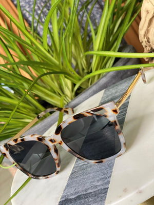 SEDONA SUNGLASSES IN BEIGE TORTOISE
