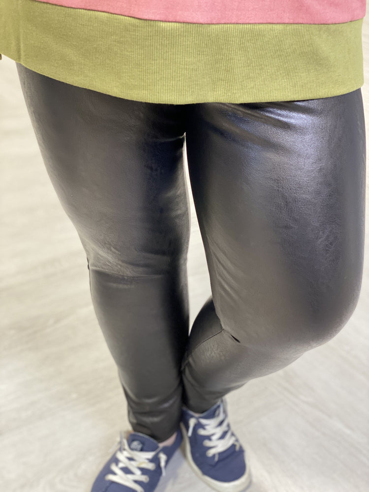 Load image into Gallery viewer, Spanx© Leather-Like Ankle Skinny Pant