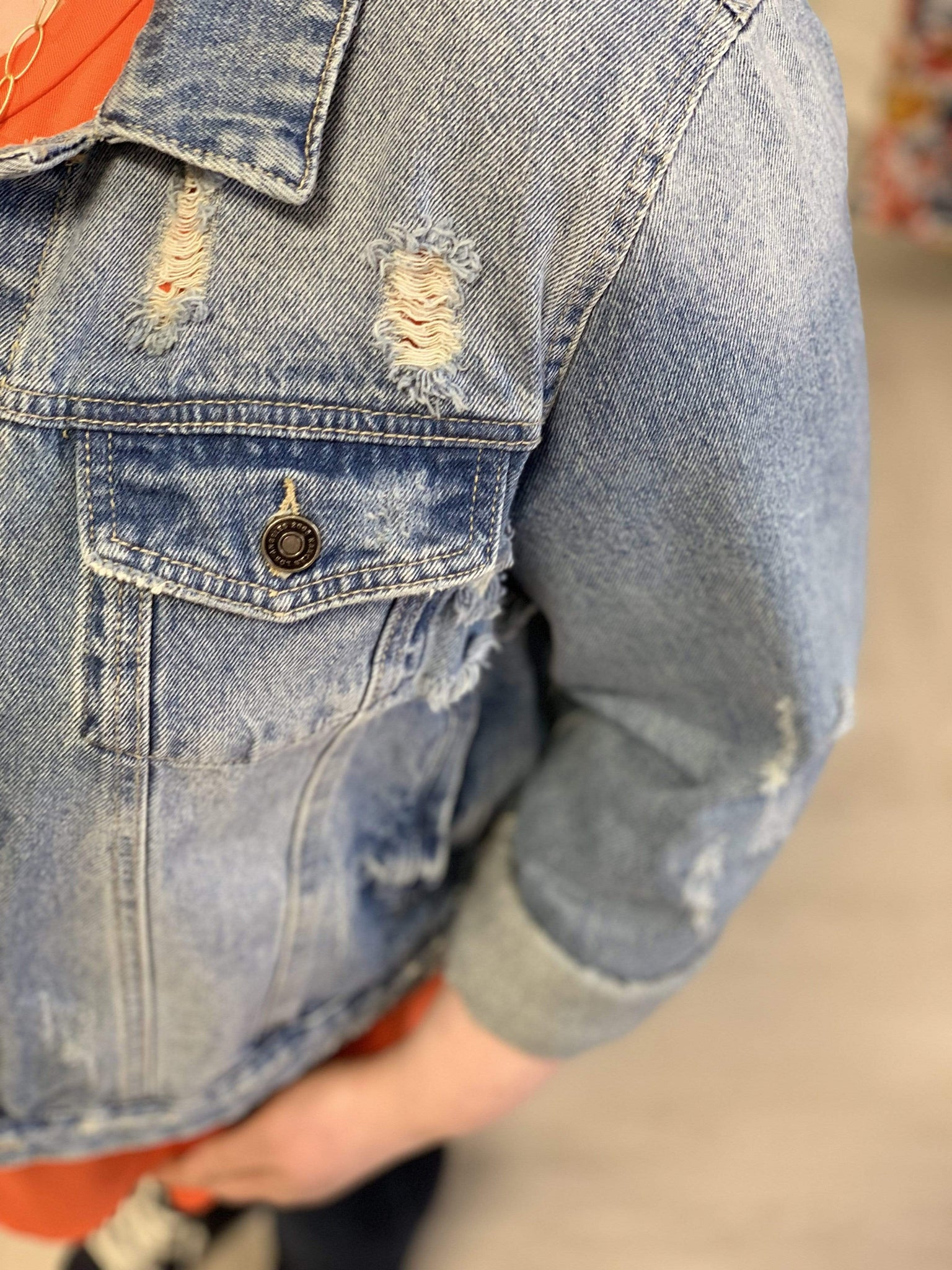 THROWBACK DISTRESSED JEAN JACKET