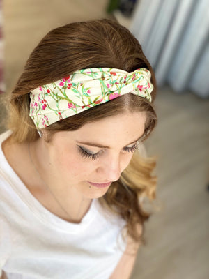 TOP KNOT HEADBAND IN FUCHSIA FLORAL PRINT