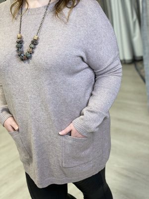 TUNIC SWEATER WITH FRONT POCKETS IN ALMOND