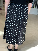 ABSTRACT DOT SKIRT WITH HIGH LOW HEM