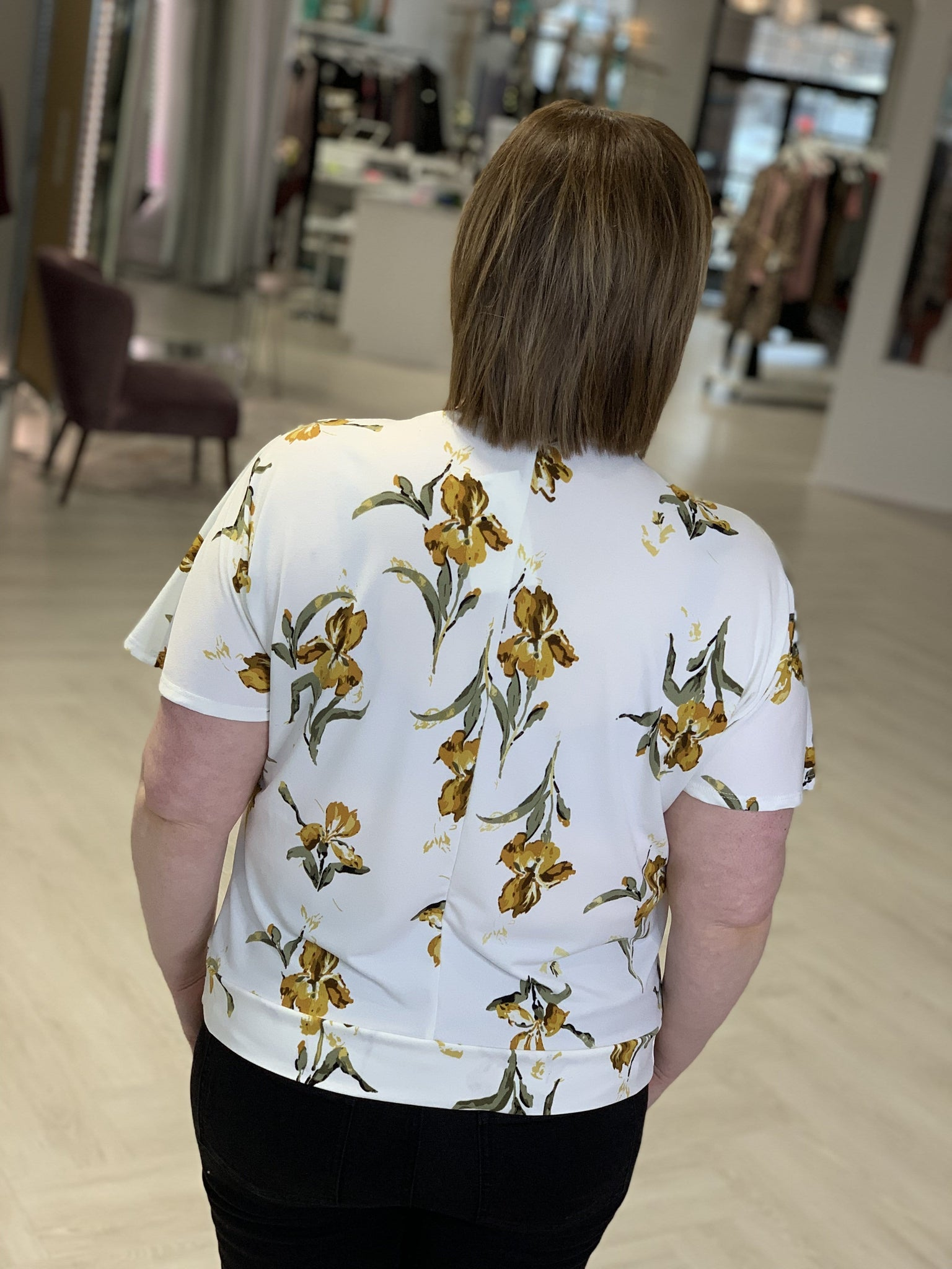FRONT KNOT FLORAL BLOUSE