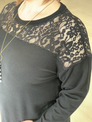 KNIT SWEATER WITH LACE