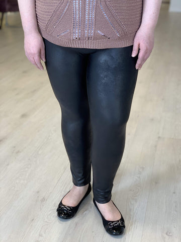 Spanx© FAUX LEATHER LEGGING