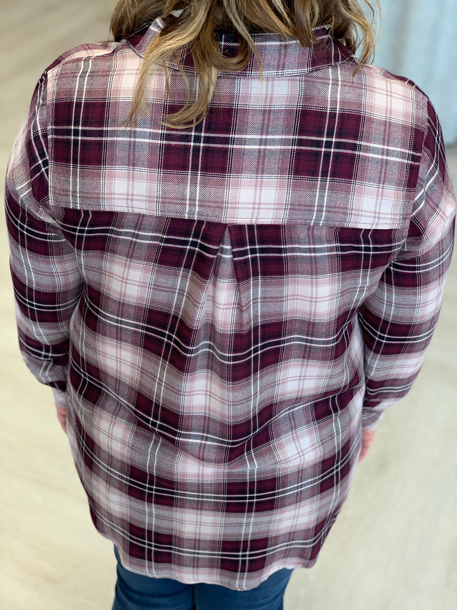HIGH LOW PLAID BLOUSE