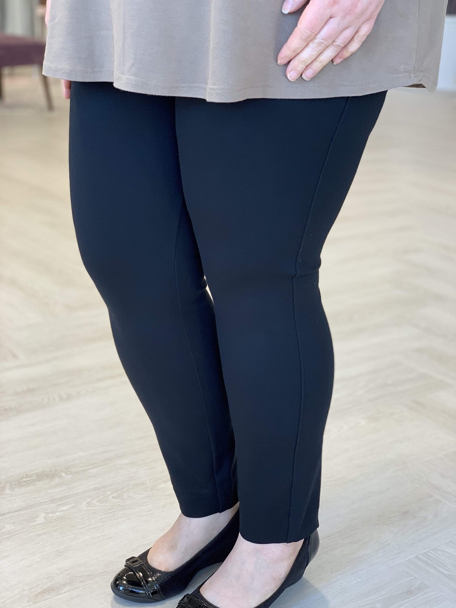 Spanx© BACKSEAM SKINNY PONTE