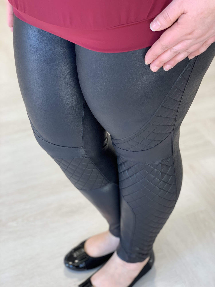 Spanx© FAUX LEATHER QUILTED LEGGINGS