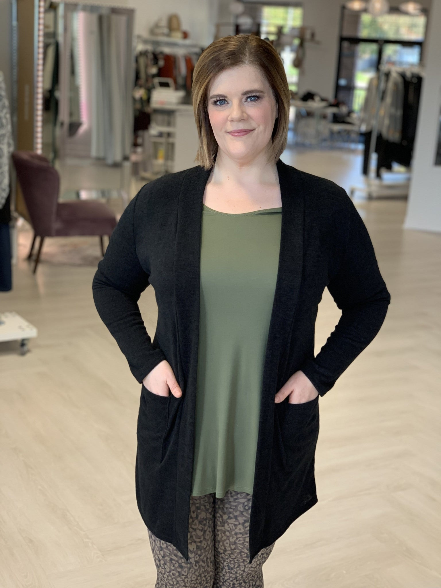 WOVEN CARDIGAN WITH FRONT POCKETS