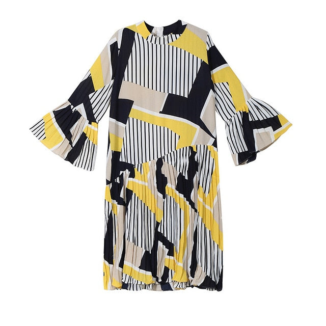 [EAM] 2020 New Spring Autumn Stand Collar Long Flare Sleeve Pattern Striped Printed Pleated Loose Dress Women Fashion Tide JO585