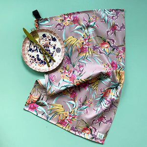 Babe Oven Glove & Tea Towel Gift Set