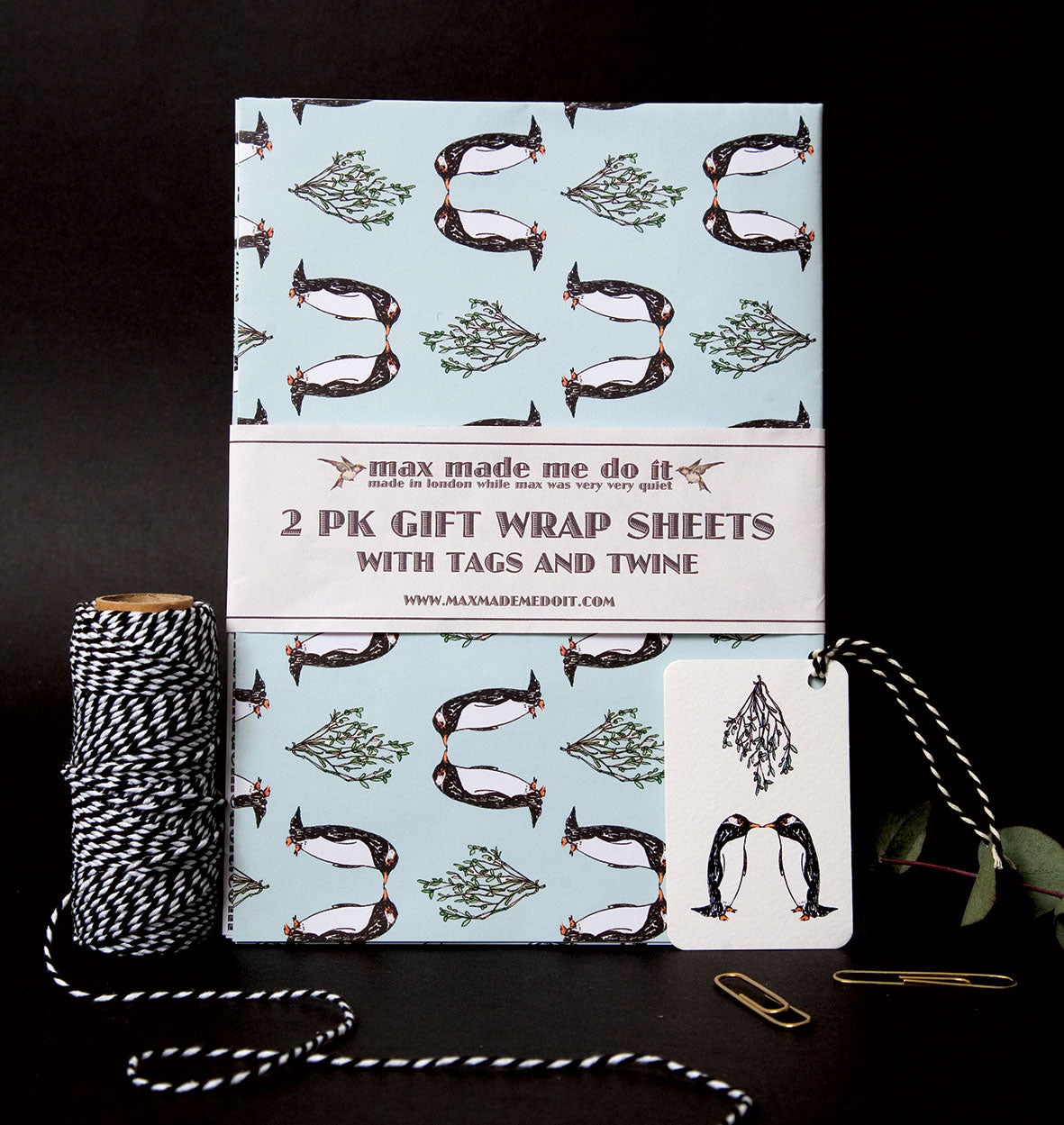 Kissing Penguin Christmas Wrapping Paper Pack
