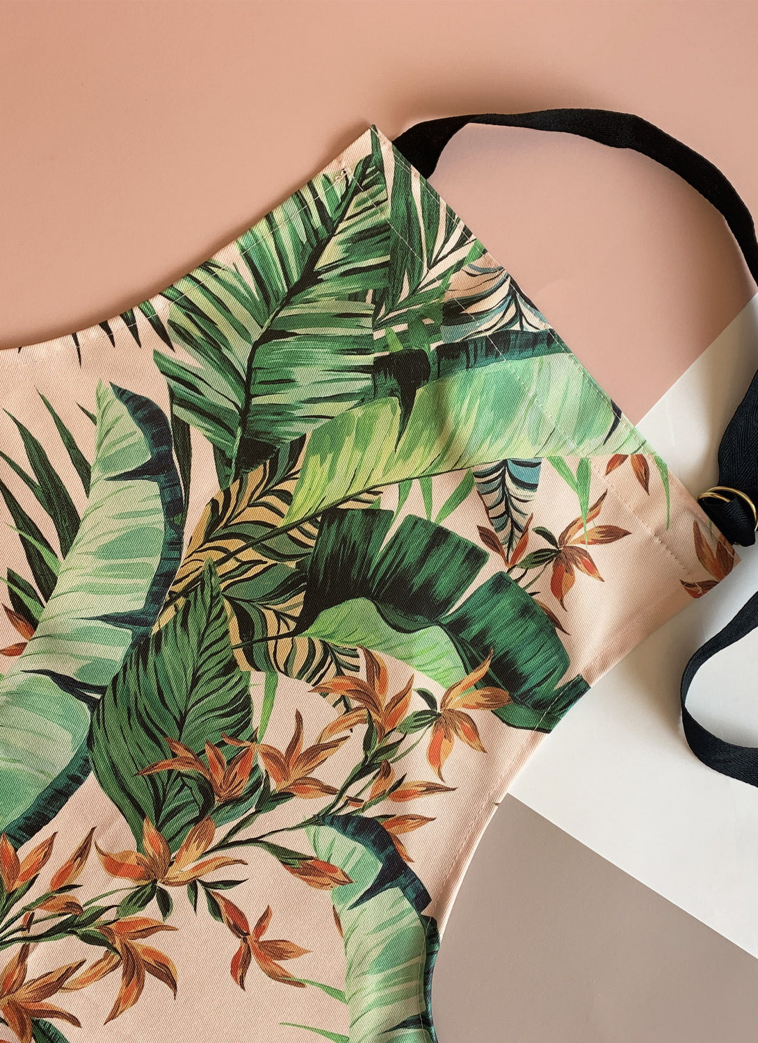 Dartmouth Tropical Blush Apron
