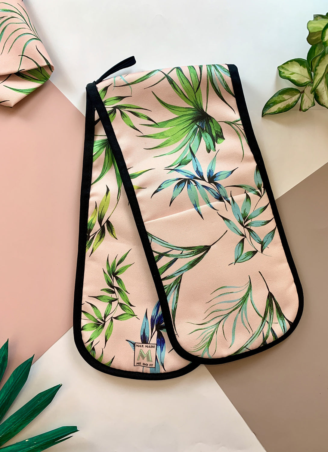 Palm Blush Oven Gloves