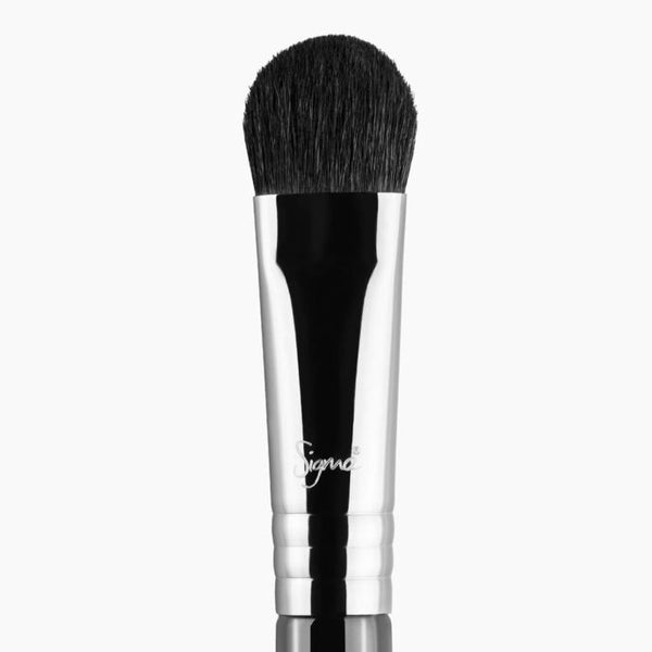 Sigma Beauty E50 – Large Fluff Brush