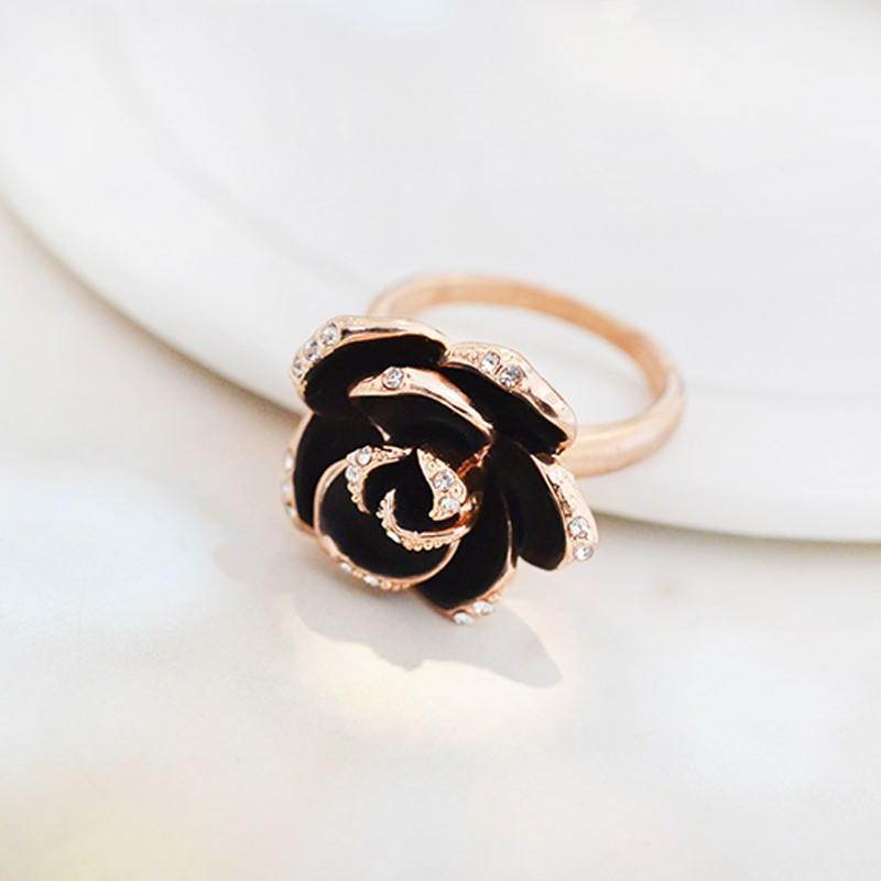 SOHO Rose Gold Black Rose Ring