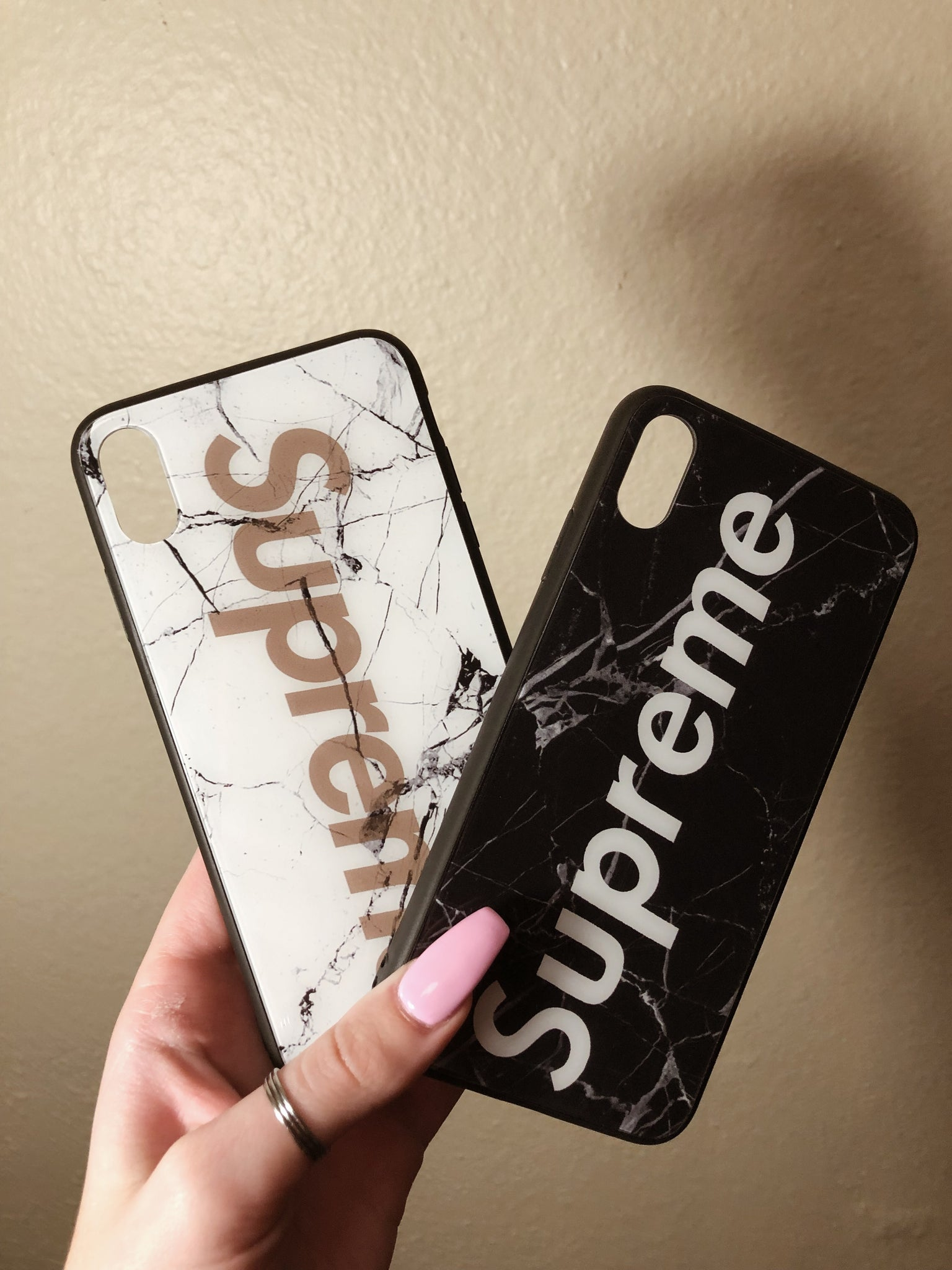 new concept b8c96 d18a5 Supreme White/Black Marble Iphone XS MAX Phone Case – emwclothing