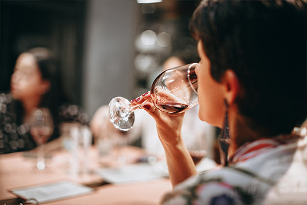 A serious wine taster will have tarallini handy.