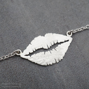 Large Frosted Lips Necklace
