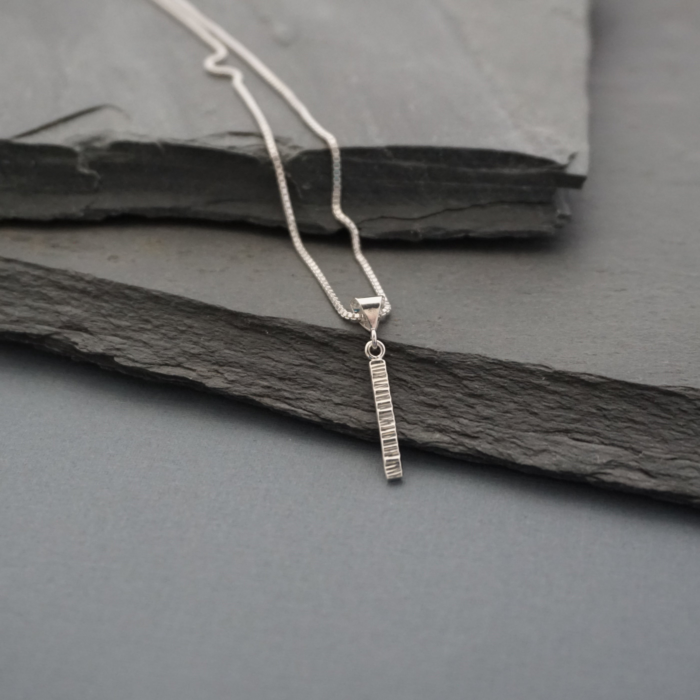 Small Line Hammered Pendant