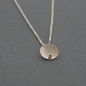 Single Granulation Disc Pendant