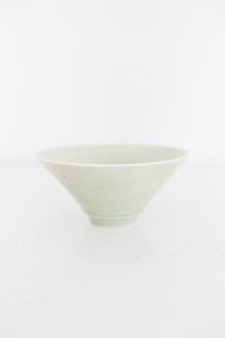 Aburi Ceramics - Flared Porcelain Bowl