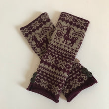 Load image into Gallery viewer, Rory & Ruby alpaca blend fingerless gloves with Fair Isle pattern.