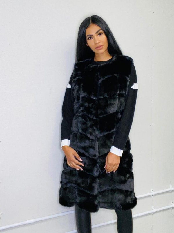 long-faux-fur-black-gilet