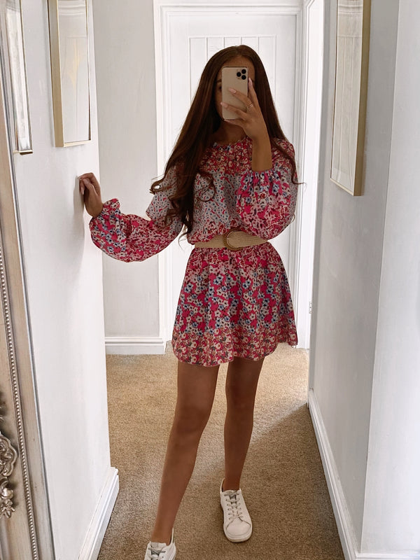 long-sleeve-flower-print-dress