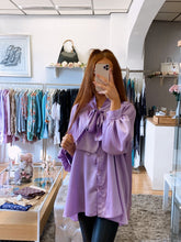 Load image into Gallery viewer, lilac oversized blouse