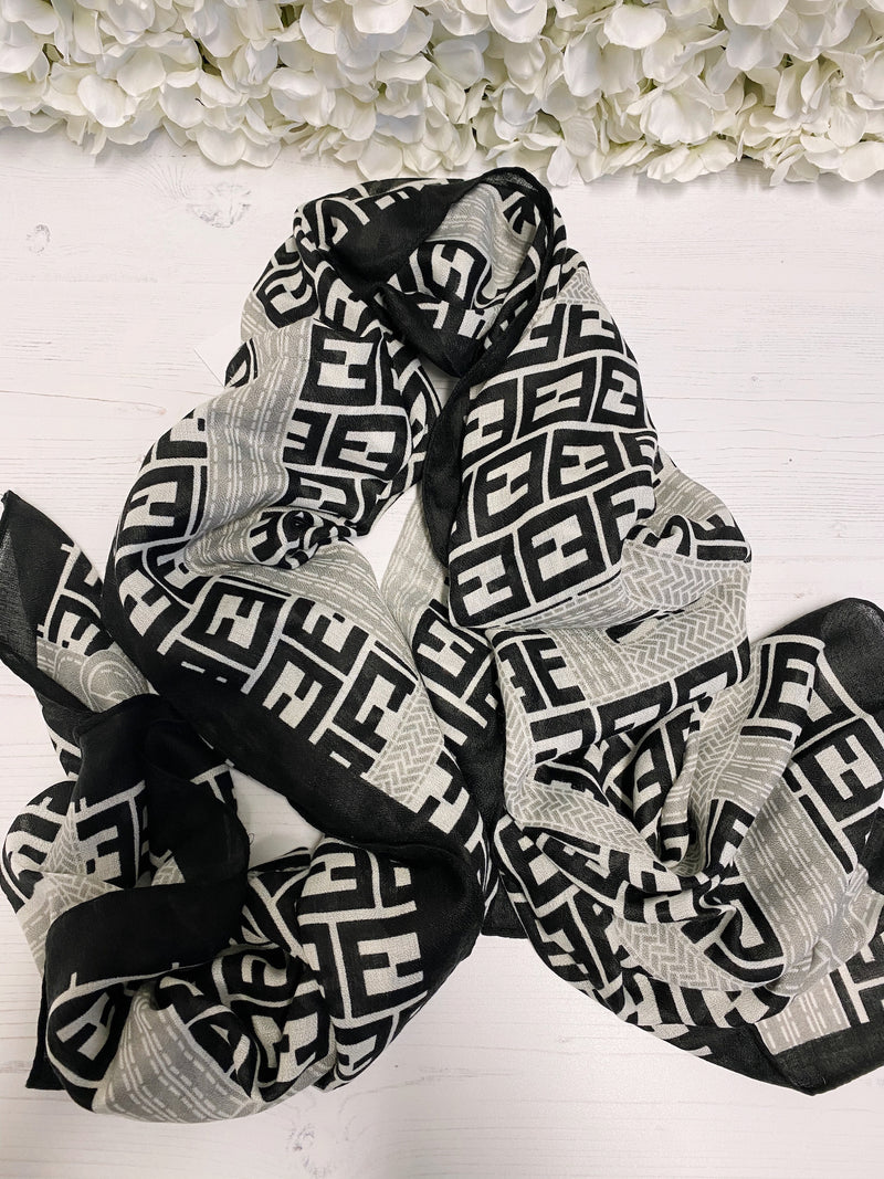 printed-scarf-black-and-white-scarf