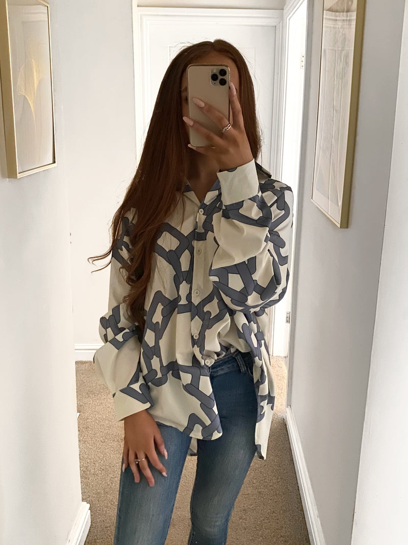 overised-chain-print-blouse