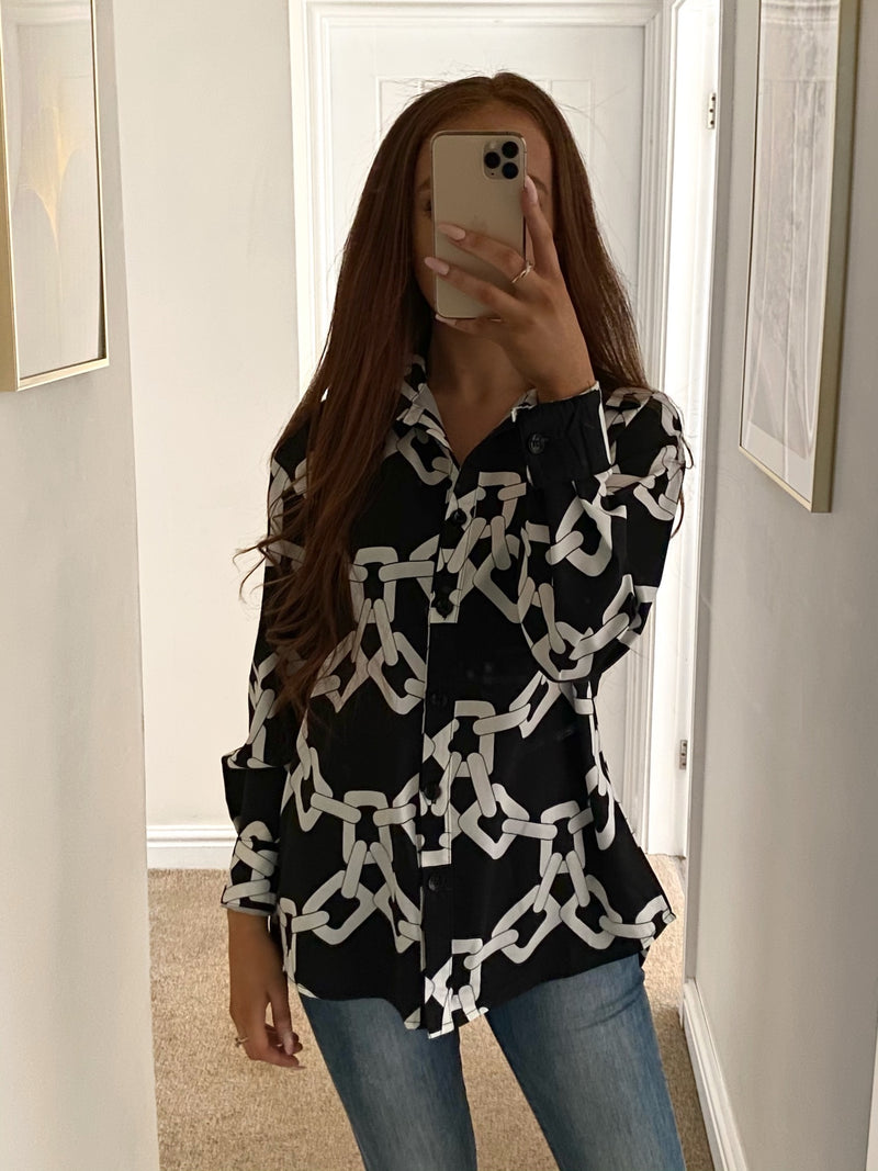 chain-print-black-and-white-blouse