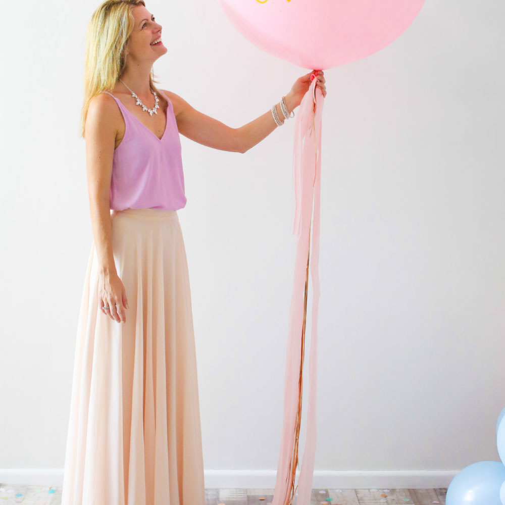 Gold Foil & Pink Streamer Balloon Tail