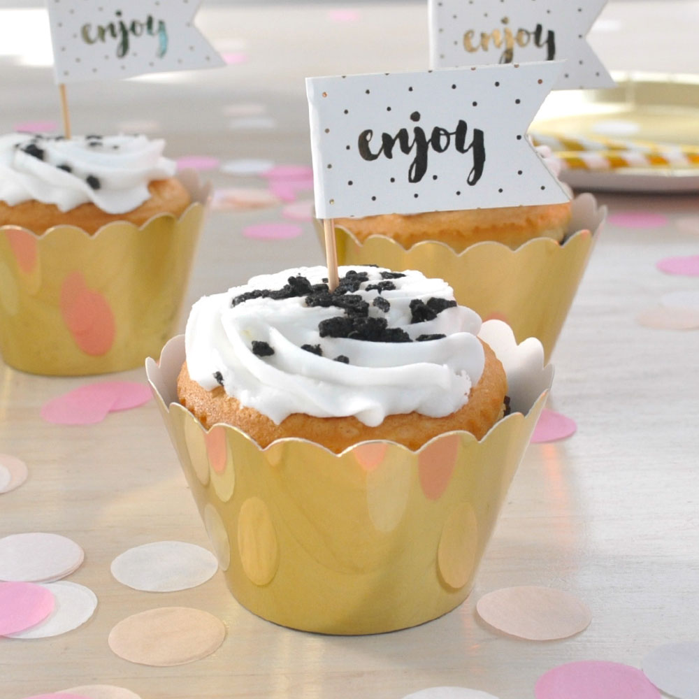 Enjoy' Gold Cup Cake Topper illume design