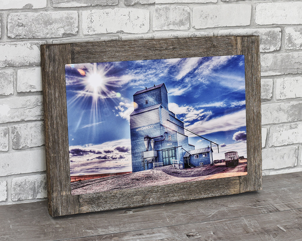 Arrowwood Grain Elevator, 12x18 Barn Wood Frame