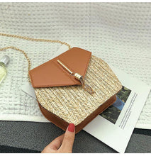 Load image into Gallery viewer, Texture Fashion Tassel Knitted Linen Single Shoulder Slung Small Square Bag