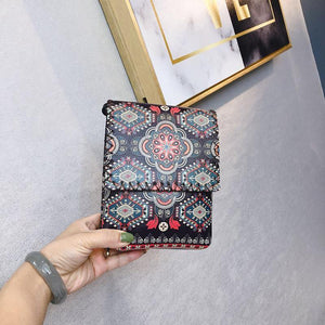 Women's Shoulder  Retro National Style Widened and Slanted Mobile Phone Double-layer Manual Bag