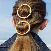 Load image into Gallery viewer, Simple Round Circle Shape Clip Spring Word Clip Side Headwear