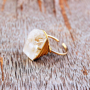 Vintage natural stone crystal winding open ring