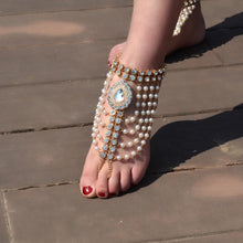 Load image into Gallery viewer, Vintage ethnic style exaggerated full of water drops gem pearl tassel anklets