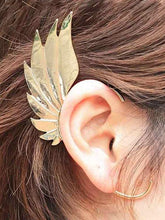 Load image into Gallery viewer, 1PC Retro Boho Feather Shape Ear Cuff Earring