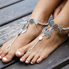 Load image into Gallery viewer, Vintage exaggerated ethnic style hollow drip carved metal beach anklets dripping footstool