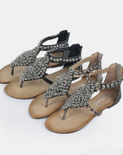 Load image into Gallery viewer, Bohemia Beads Decorated Beach Flat Sandals