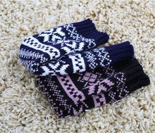 Load image into Gallery viewer, Half refers to the warm knit typing women s thick wool Half palm gloves - 5