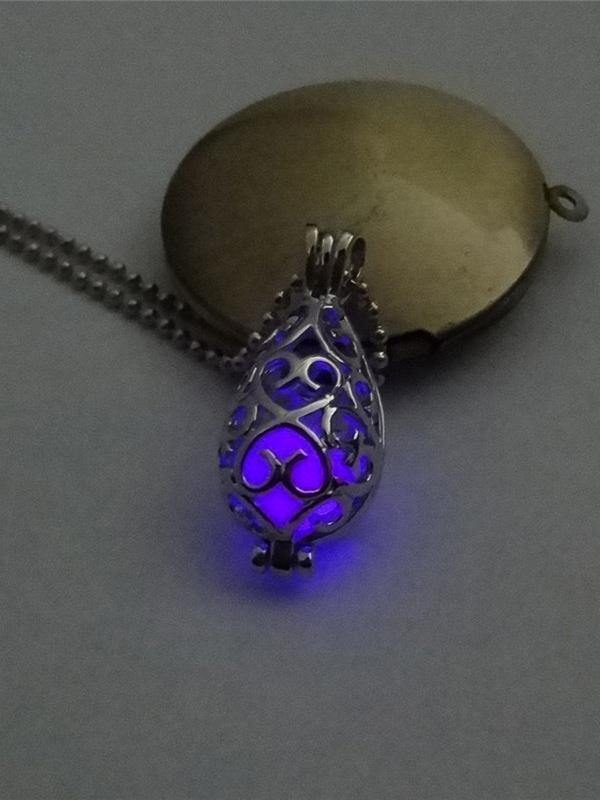 Hollow Luminous Alloy Pendant Necklace