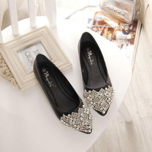 Big Size Rhinestone Crystal Pointed Toe Flat Office Lady Shoes