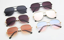 Load image into Gallery viewer, Vintage Retro Beach Fashion Aviators Sunglasses