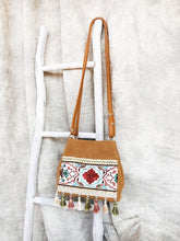 Load image into Gallery viewer, Bohemian ethnic wind seaside holiday Merry Sutot slanting shoulder bucket bag