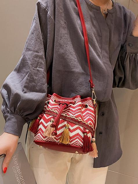 Slanting bucket fairy tassel beach bag female